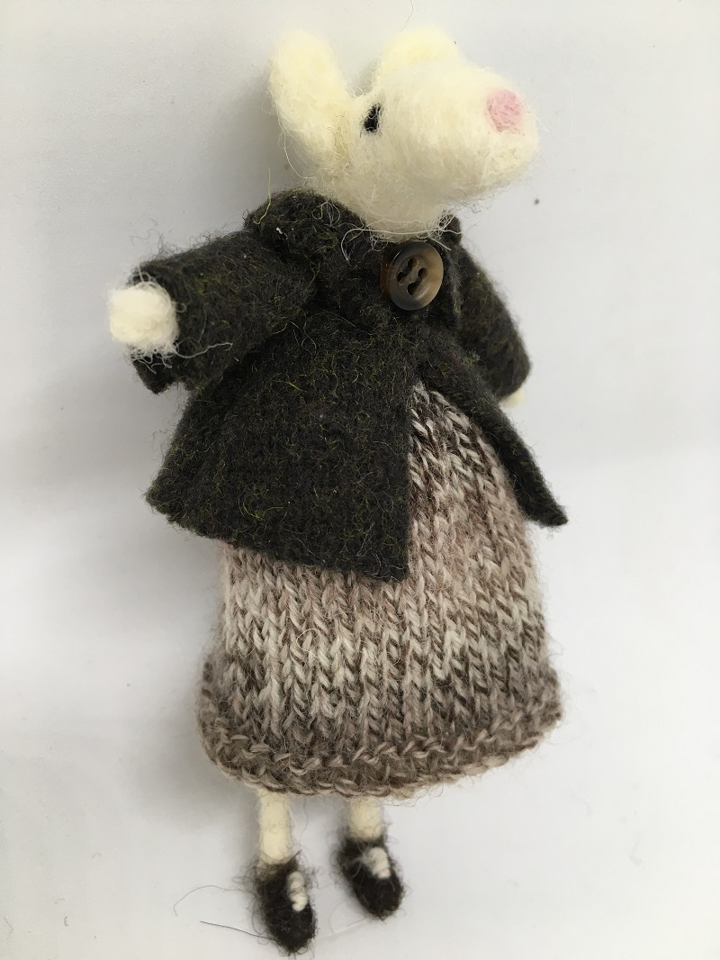 Mouse in brown knitted dress
